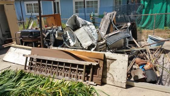 back yard junk removal