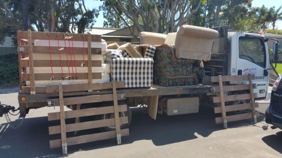 Affordable couch haul away in san diego fred 39 s junk removal for Affordable furniture san diego